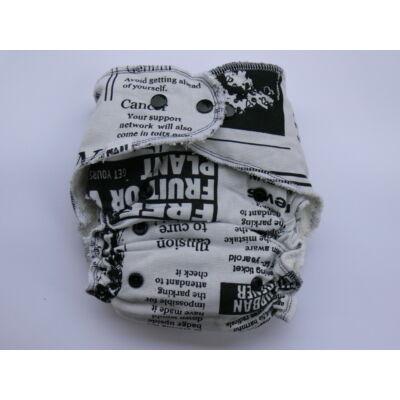 Nadi egyméretes dekor vásznas mosható pelenka belső (4-15 kg) újságos