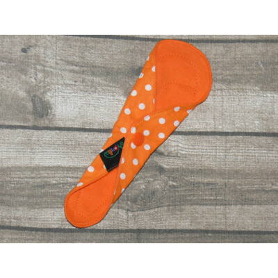 Norka női mosható betét – tangás tisztasági 20 cm-es PUL nélküli (narancs pöttyös)