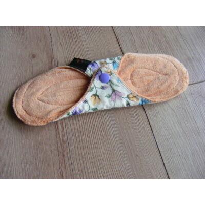 Norka normál méretű női  mosható betét 24 cm-es (virágos)