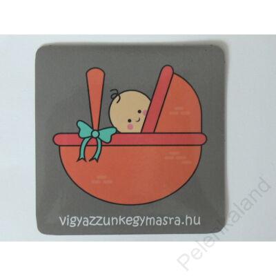 Autómágnes - baba mózesben  szürke (kicsi)